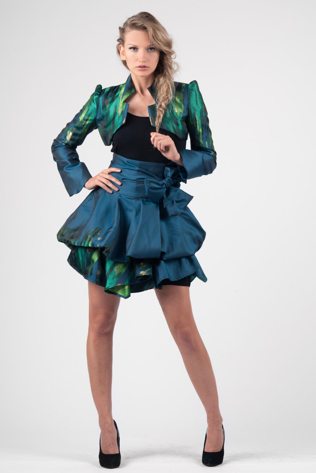Yana Martens modelling Workshops
