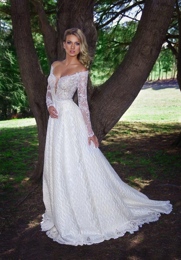 Yana Martens bridal posing workshop